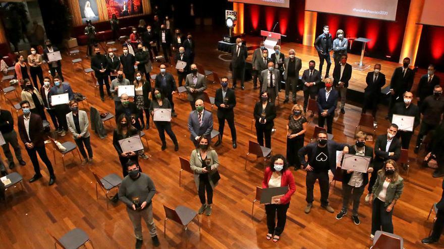Ràdio Associació dona els seus premis després de mig any