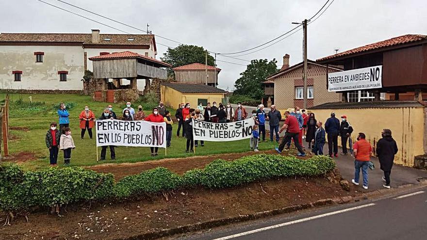 Santiago de Ambiedes, contra la perrera