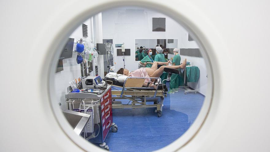 El Hospital General de Alicante pone en marcha un laboratorio de simulación para entrenar en situaciones de crisis