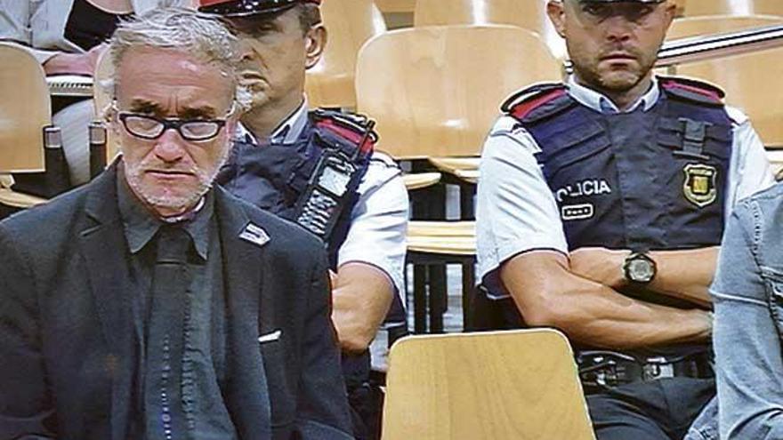 """El fiscal acusa a los padres de Nadia de usar su enfermedad como """"una lotería"""" para cobrar"""