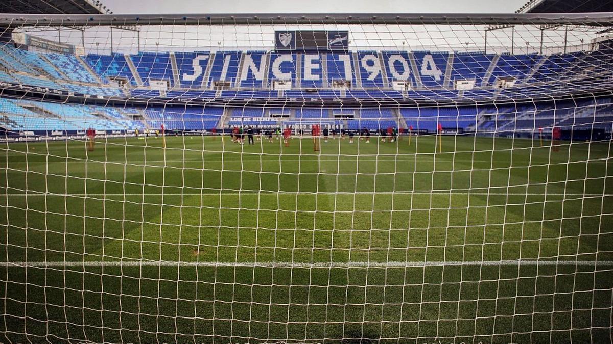 Los estadios vacíos a raíz de la pandemia han perjudicado a todos los equipos casi por igual. | MÁLAGA CF