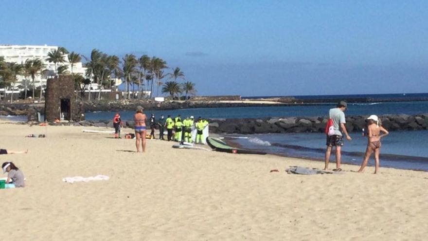 Herido grave un pescador al caer al mar en Lanzarote