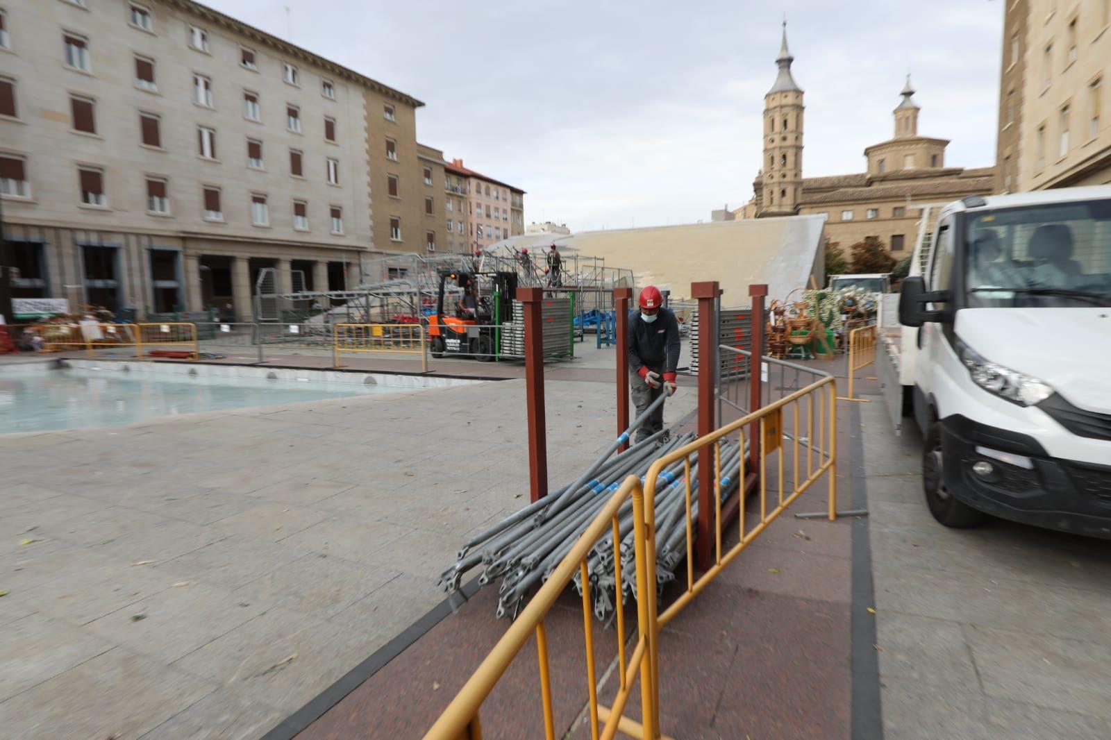 FOTOGALERÍA | Desmontaje de la Virgen en la plaza del Pilar