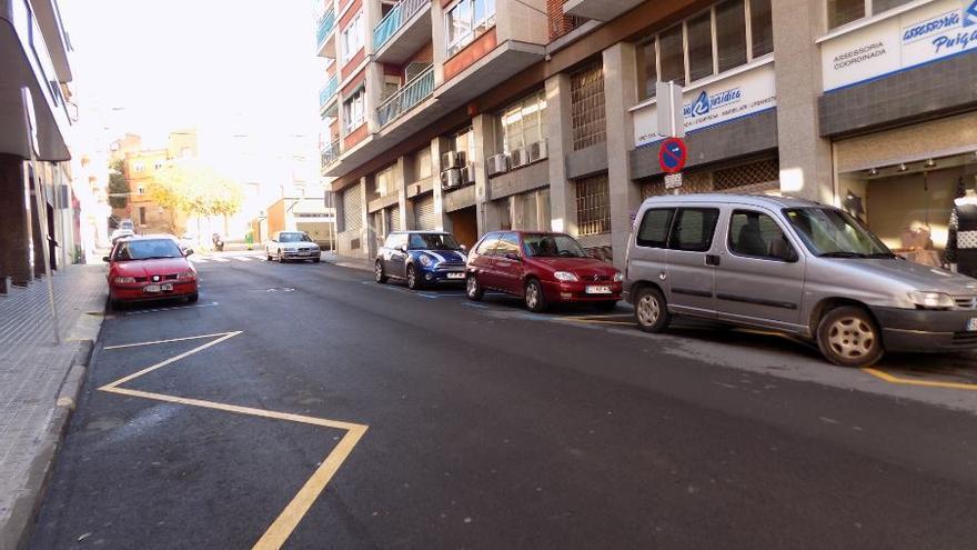 Un conductor fuig després d'atropellar un home de 69 anys a Manresa