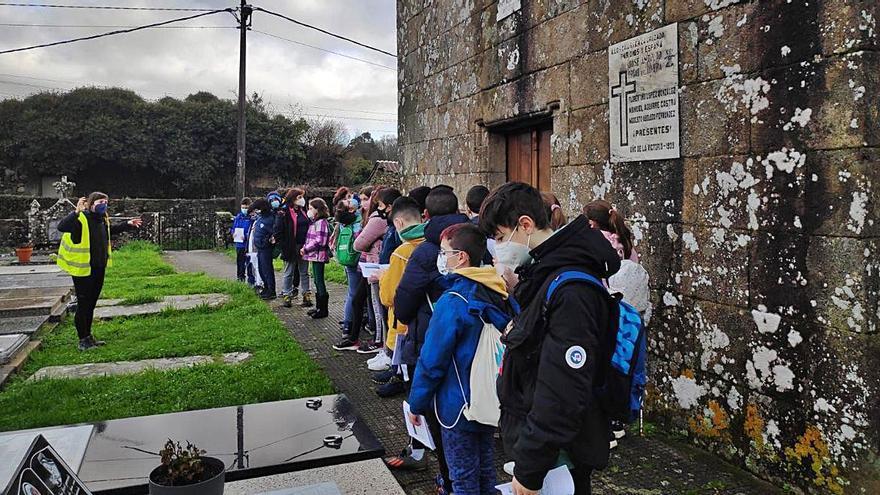 """Actividades del programa municipal """"Trasdeza pinta o Camiño"""""""
