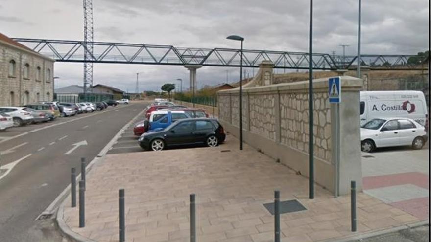 ADIF cierra la pasarela de la estación de Zamora por obras