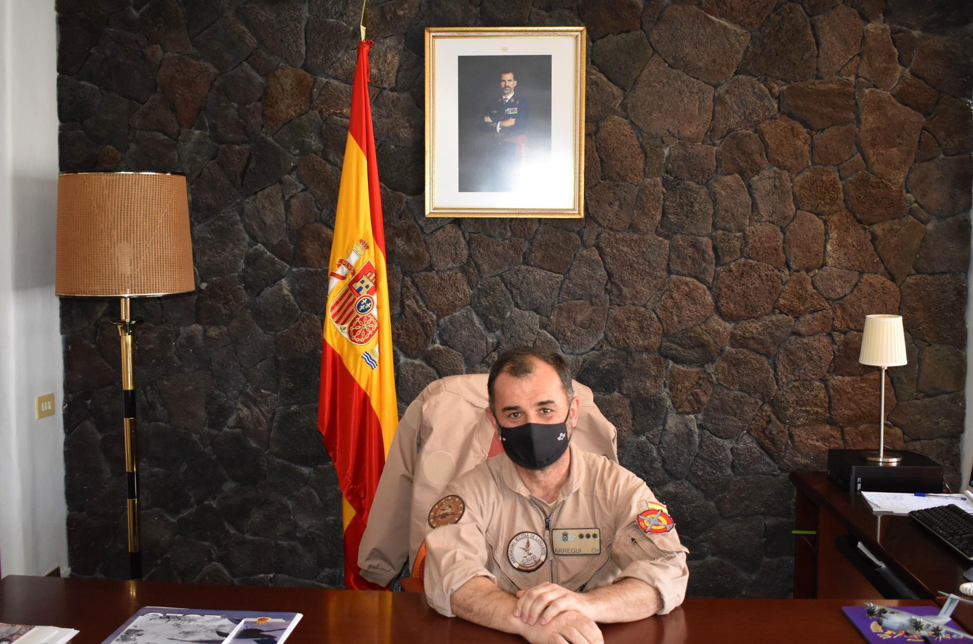coronel jefe Aer�dro Militar de Lanzarote Nicol�s Ram�rez Arregui.JPG