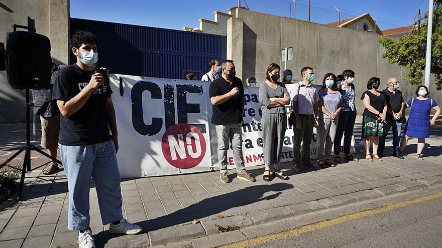 CIEs No pide el cierre definitivo de Zapadores en el día de  su reapertura