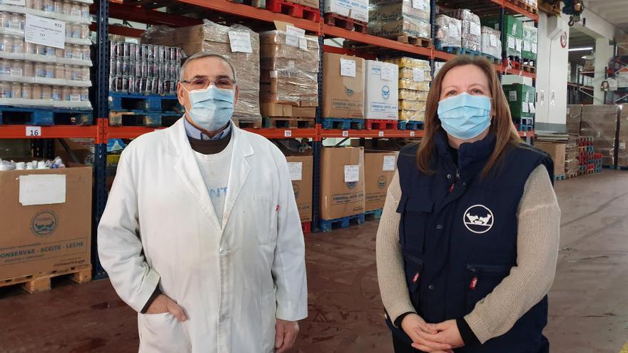 El Banco de Alimentos: una tabla de salvación para beneficiarios... y voluntarios