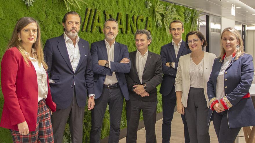 Abanca se alía con Lanzadera para buscar startups fintech e insurtech