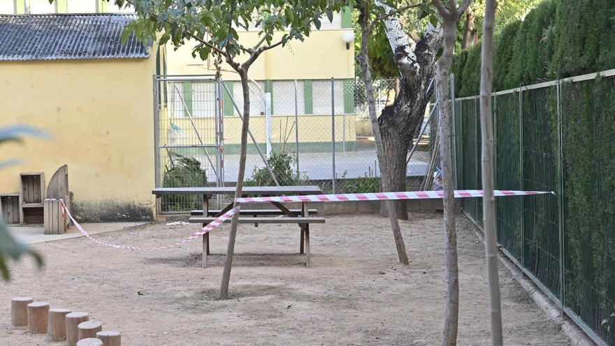 Rescatan a un niño de 3 años tras quedar atrapado por la cabeza en unos barrotes de su colegio de Castelló