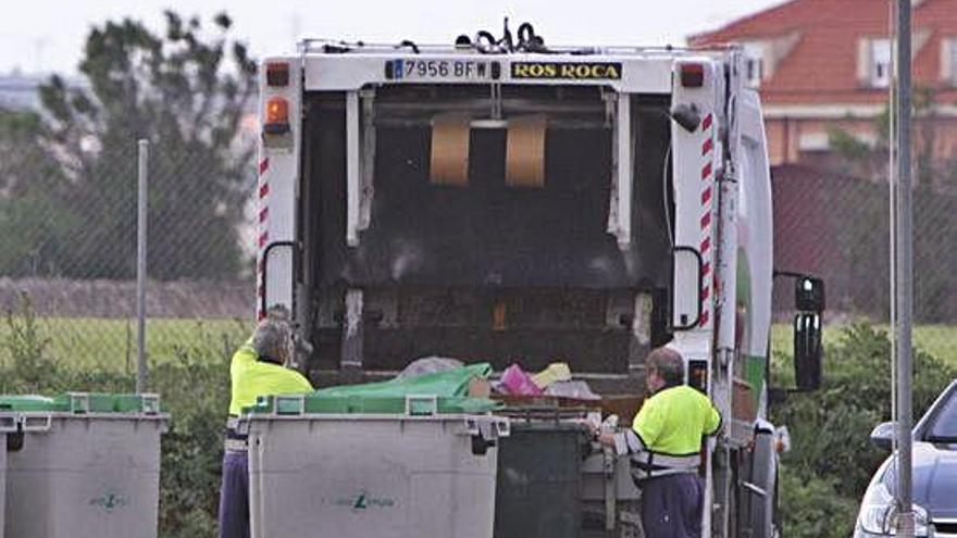 El Ayuntamiento valora adecuar la tasa de basuras al incremento del nuevo contrato