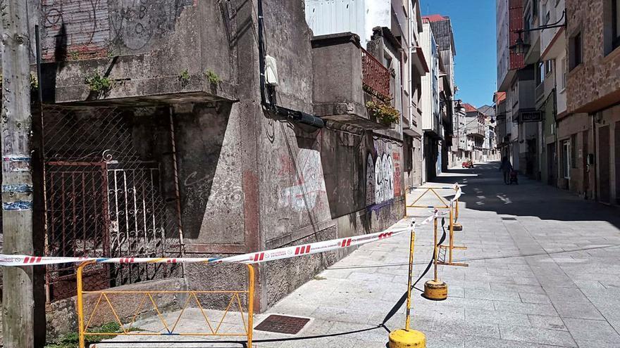 Obras recomienda dictar orden de derribo para dos edificios en el barrio de O Forte