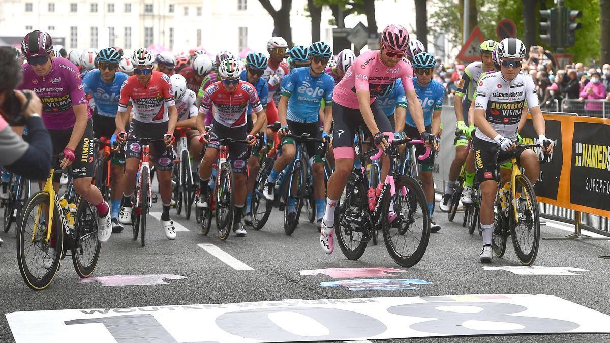 Giro d' Italia - 2nd (109972915).jpg