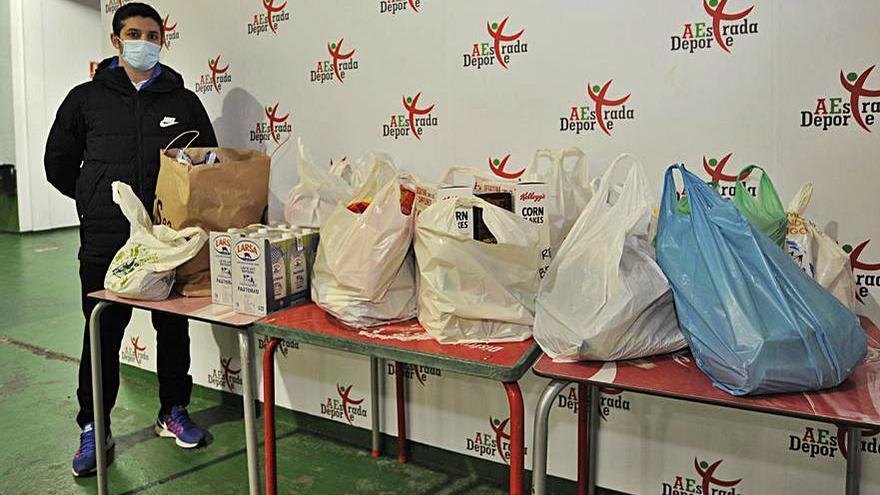 El Futsal reúne más de 150 kilos de alimentos para Cáritas