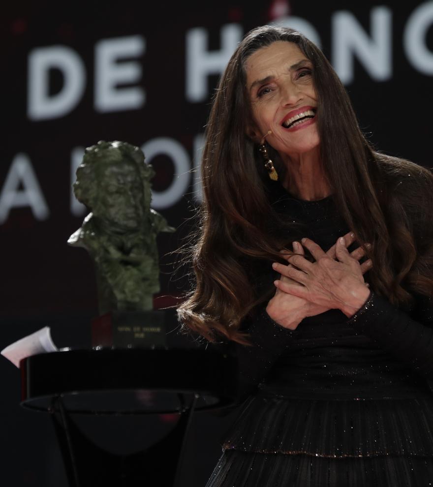 """Ángela Molina agradece el Goya de Honor """"con amor"""""""