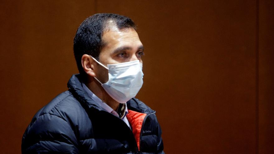 El acusado de matar a cuchilladas a un hombre en Betanzos alega que lo hizo para defenderse