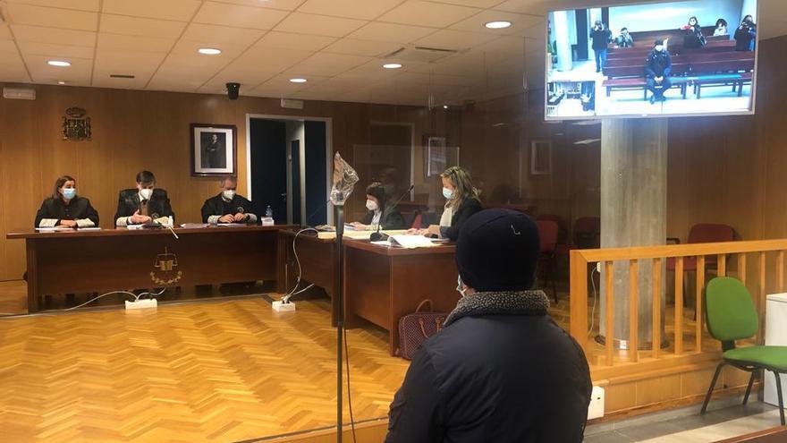 """El acusado de abusar de dos hermanos de 4 y 5 años en Vigo: """"Eso no pasó nunca"""""""