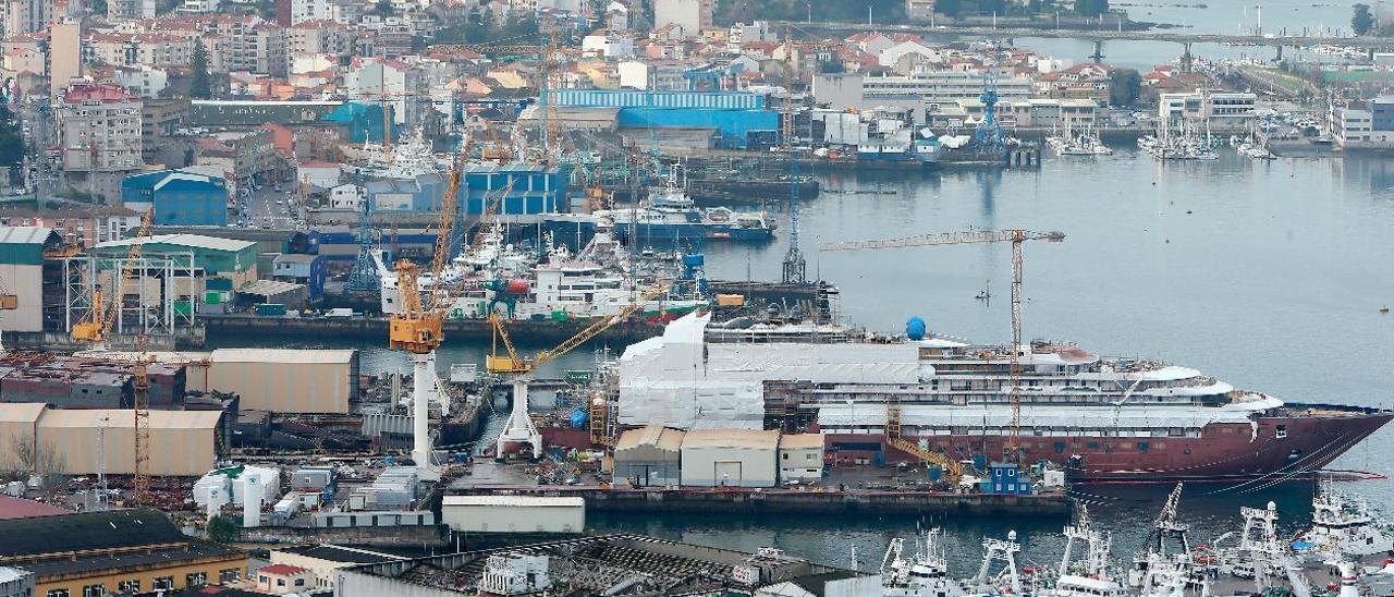 Panorámica de los astilleros de Beiramar.