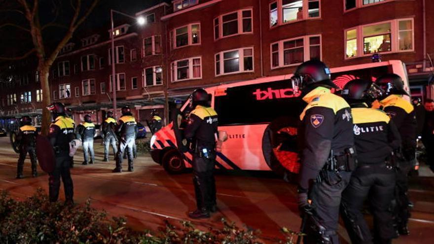 La calma empieza a llegar a los Países Bajos tras tres noches seguidas de graves disturbios