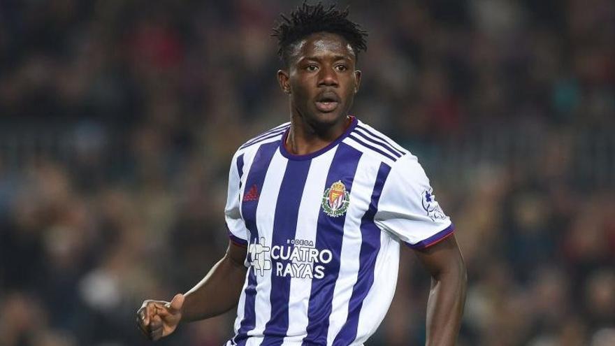 El Valladolid traspasa a Salisu al Southampton inglés