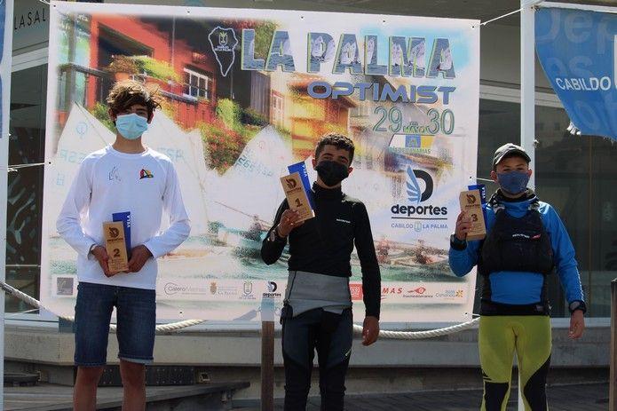 El Trofeo Optimist de 30 de mayo Día de Canarias