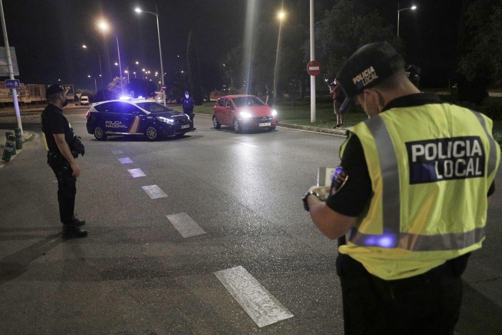 Cort adelanta al jueves el dispositivo policial especial contra el botellón