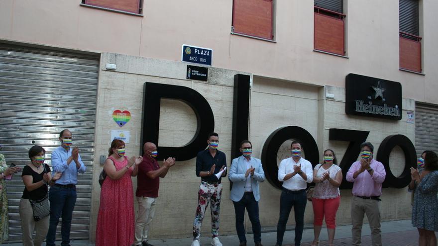 Lorca ya tiene una Plaza Arcoíris