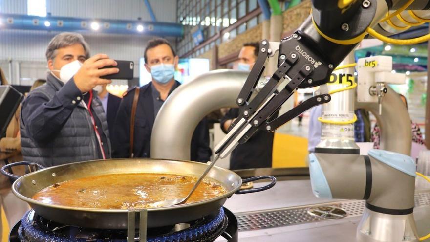 El nuevo 'maestro de la paella' es un robot