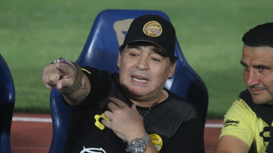 Maradona, multado por sus palabras a favor de Maduro