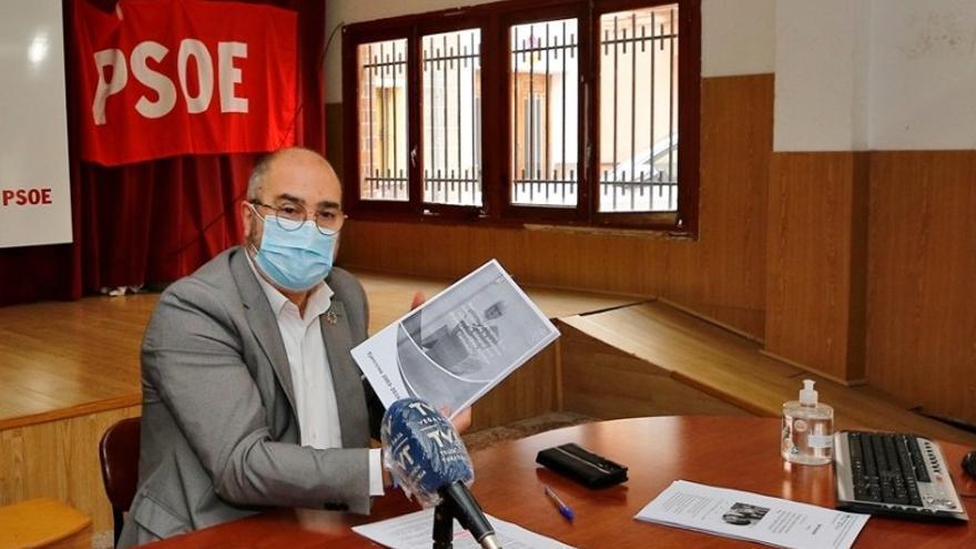 """El alcalde de Benejúzar mantiene al edil de Sanidad en sus competencias y cree que se vacunó """"correctamente"""""""