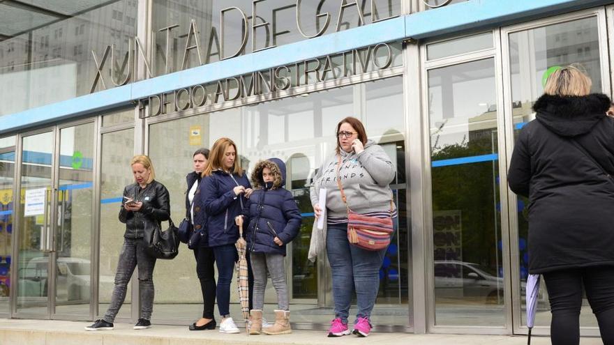 La Xunta rechaza la petición de los padres de mantener dos aulas en el Díaz Pardo