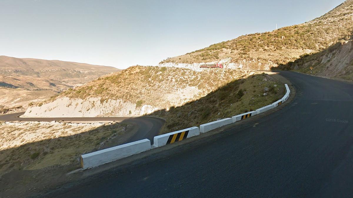 Una imagen de la zona en la que se precipitó el autobús,