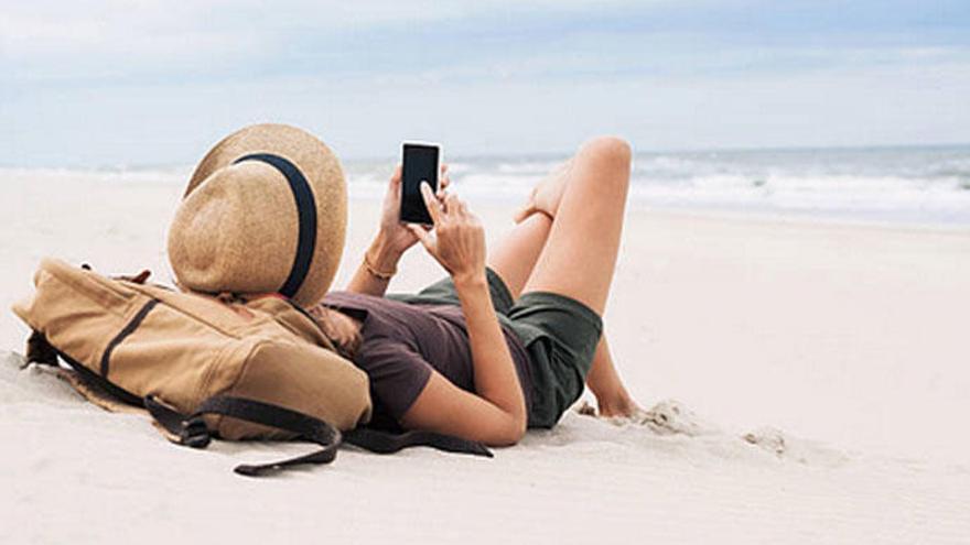 El fin del 'roaming' dispara el uso de móvil en el extranjero