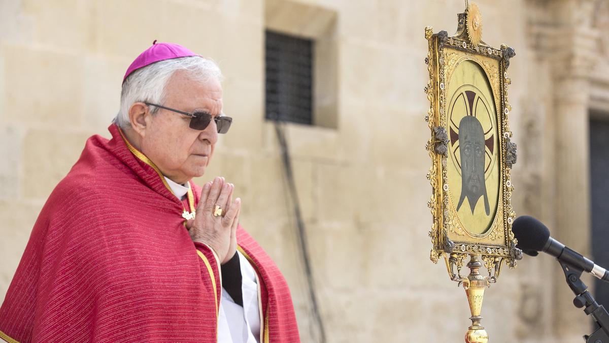 El obispo de la Diócesis en la última Santa Faz