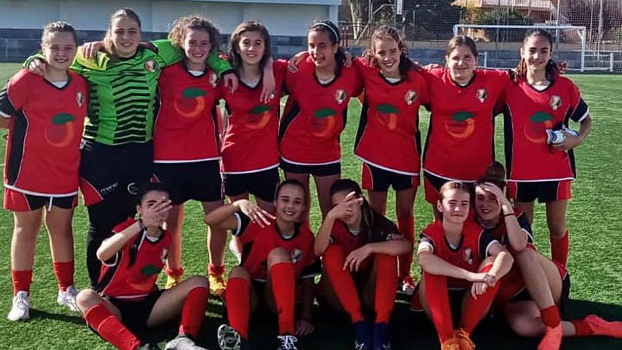 El CF Miramar potencia su base de fútbol femenino