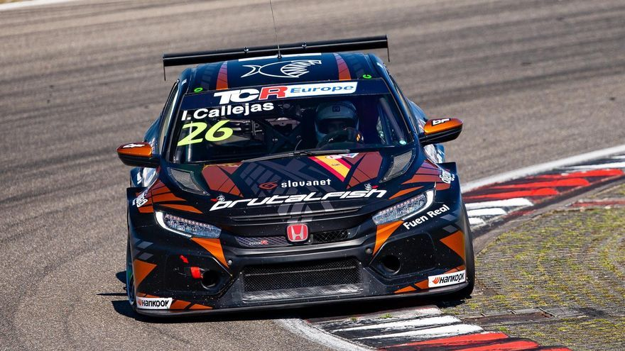 Isidro Callejas se acerca al título 'rookie' en Nürburgring