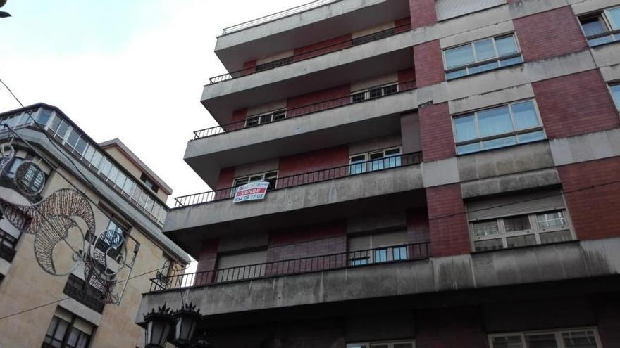 Las inmobiliarias agotan los pisos de alquiler de menos de 500 euros en València