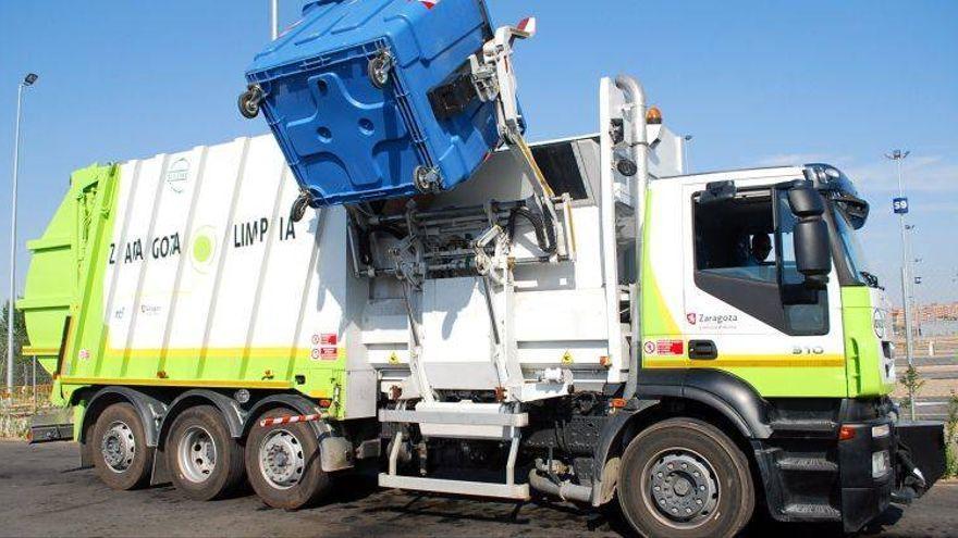 Contenedores inteligentes, camiones más silenciosos y un quinto cubo de basura: así es el nuevo contrato de limpieza de Zaragoza
