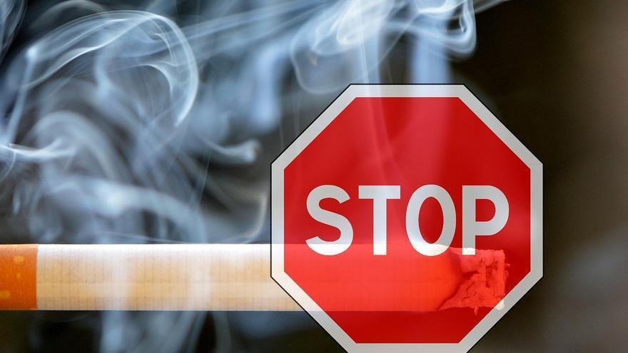 Así pones en riesgo tu salud fumando un cigarro al día