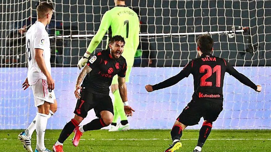 Vinicius salva un punt per al Reial Madrid  en els darrers minuts