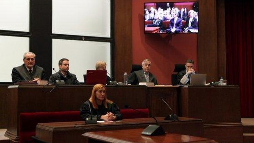 El fiscal del 9-N nega haver rebut indicacions del govern espanyol