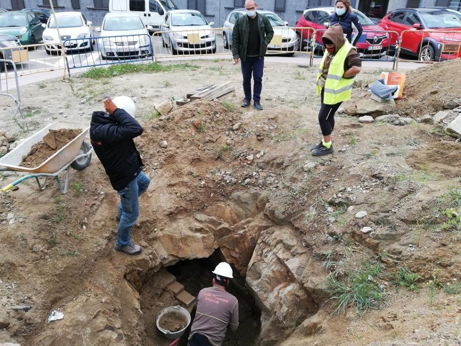 Palamós troba un túnel que podria ser un refugi antiaeri de la Guerra Civil