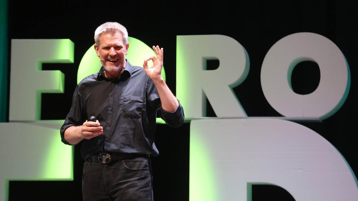 David Bueno en su conferencia del V Foro de Educación de Faro de Vigo