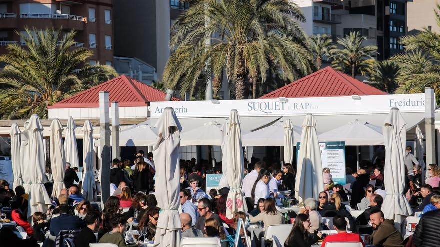 Polémica en un restaurante del Grau de Castelló por el uso del valenciano