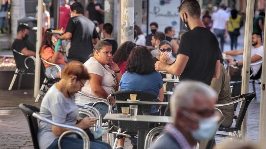 Tenerife afronta la Navidad bajo un nuevo pico de contagios
