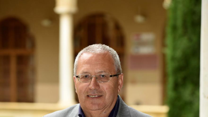 El catedrático de la UMU, José María Pozuelo Yvancos, elegido académico de la Real Academia Española