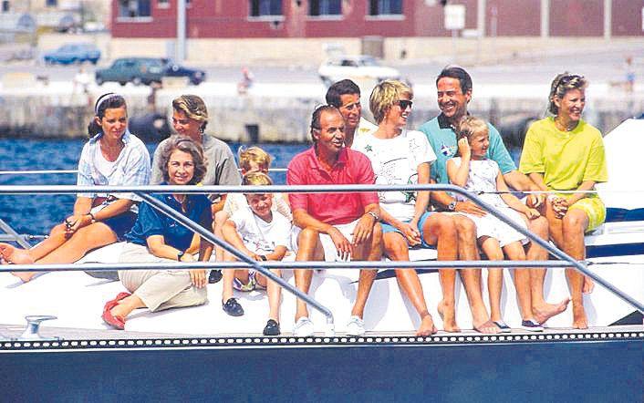 Con Lady Di y las dos familias reales.jpg