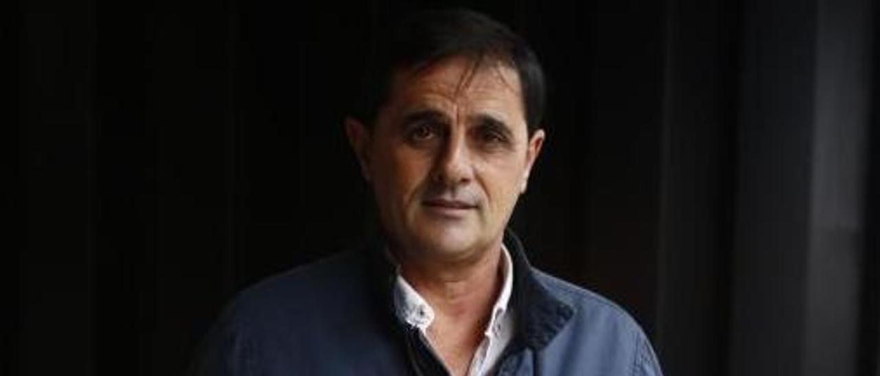 Joaquín, con la camiseta del Oviedo.   Julián Rus