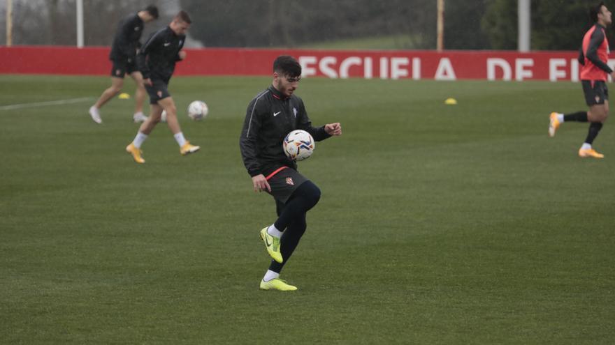 Campuzano, novedad en la convocatoria del Sporting para enfrentarse a la Ponferradina